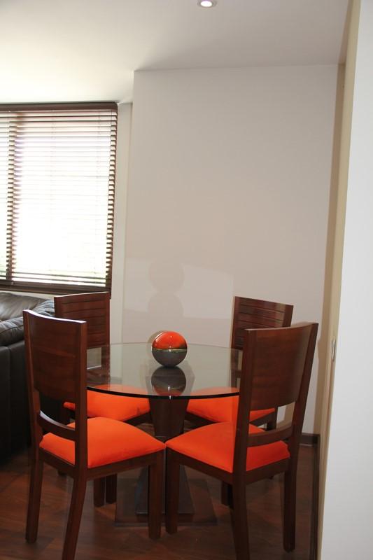 Dormitorio mesa 3